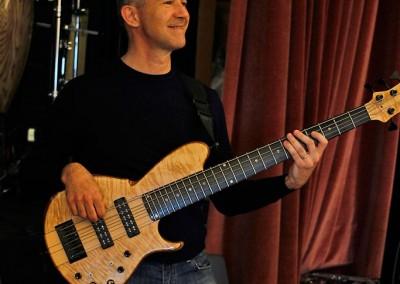 The Elton Show rehearsal - bassist alessandro leonzini